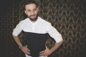Sergio Barrón, impulsor del corset masculino