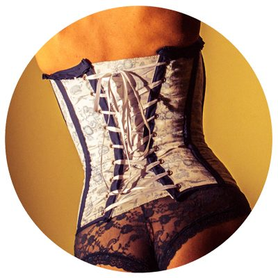 TYH SON… ¡CORSETS HECHOS A MANO!